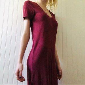 FOREVER 21 Ribbed V-neck Maxi Dress